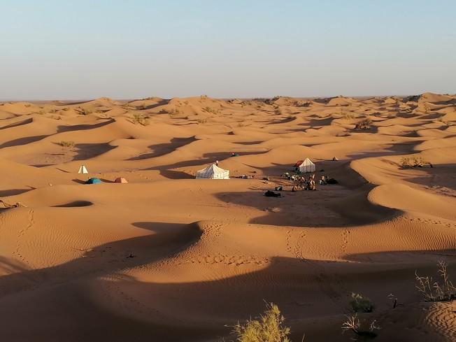 Yoga Méditation & Randonnée dans les Dunes  en Terre Nomade